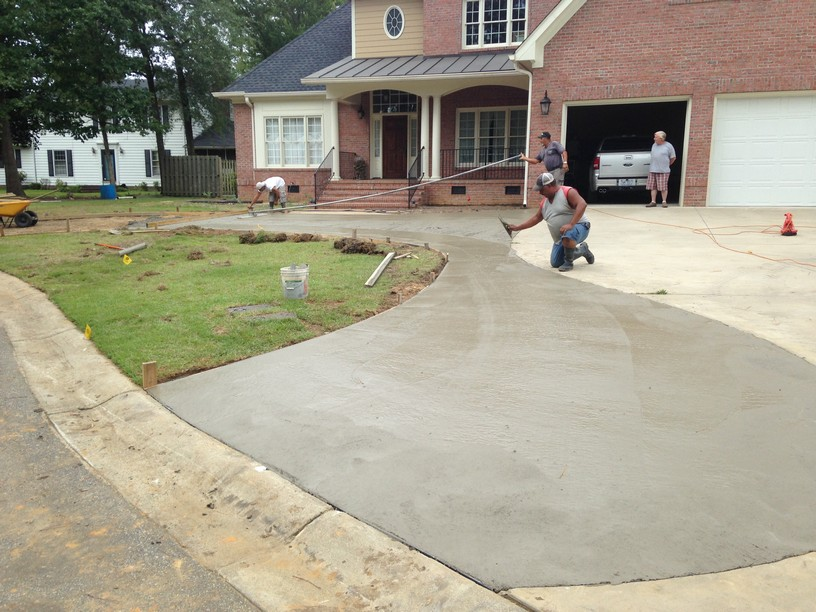 New Circle Drive And Back Patio In Fayetteville Nc